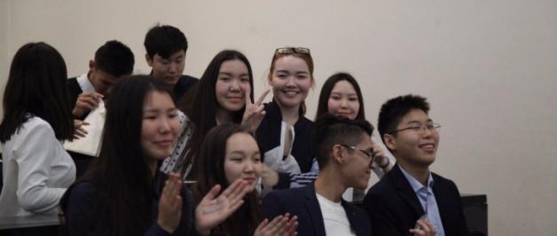 Абитуриент – 2018: стартовали дни  СВФУ в районах Якутии