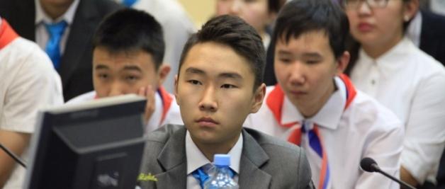 Абитуриент-2018: в СВФУ идет прием заявок на участие в Северо-Восточной олимпиаде школьников